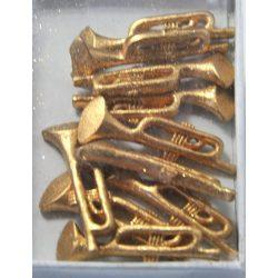 Trombita dísz ragasztós  4,5x1,8x0,4cm arany